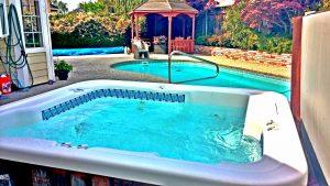 Spa, Swimming Pool, Gazebo in Backyard | San Francisco Bay Area Vacation rentals