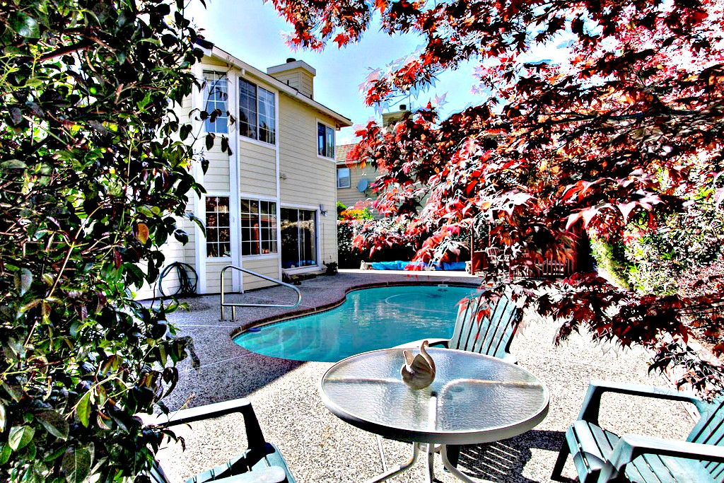 Backyard with Swimming Pool, Spa and Gazebo | San Francisco Bay Area Vacation Home Rentals