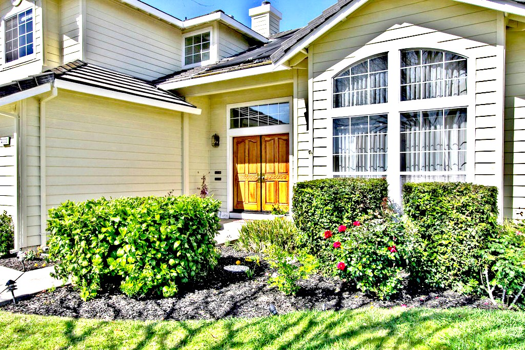 Front View of House | San Francisco Bay Area Vacation Home Rentals